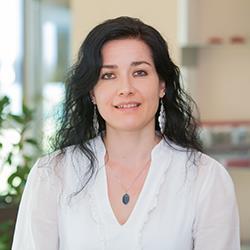 Mag. Ruth Humer
